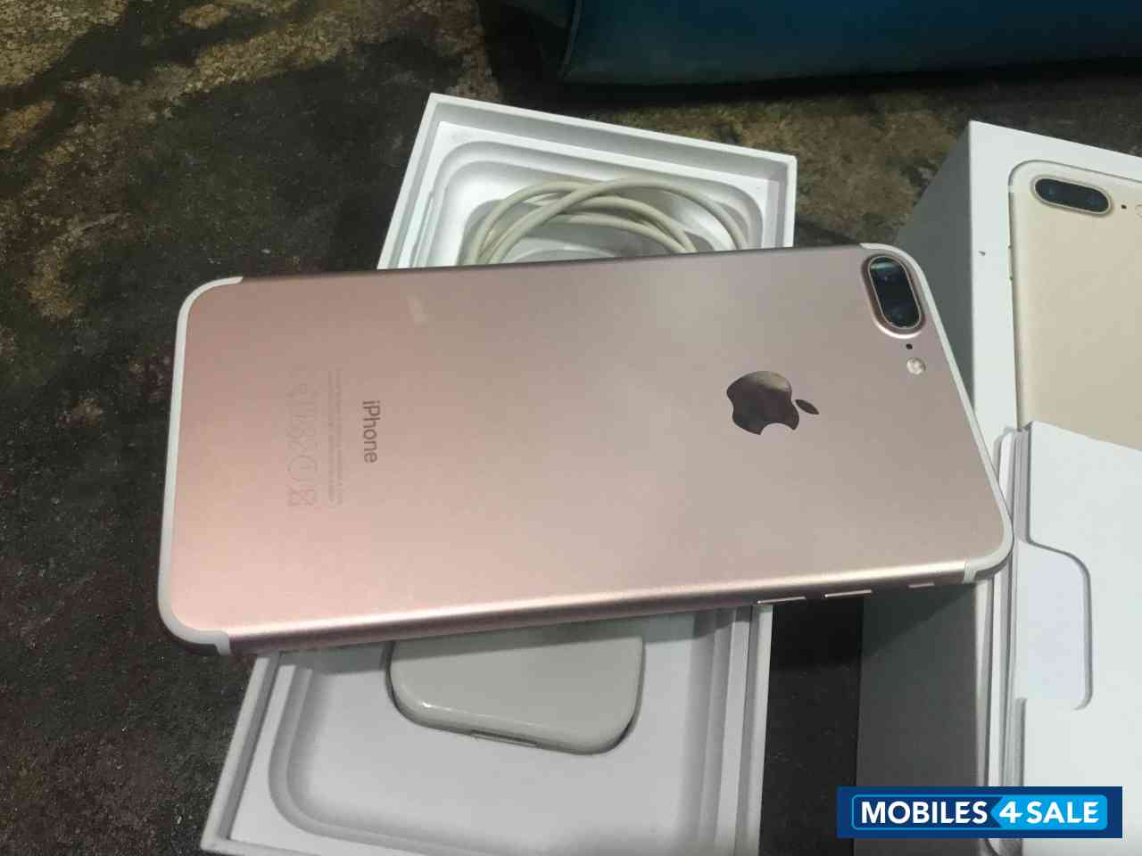 Apple  Iphone 7plus 128 gp rose gold