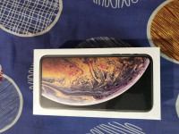 Gold Apple  Iphone xs max 256 gb