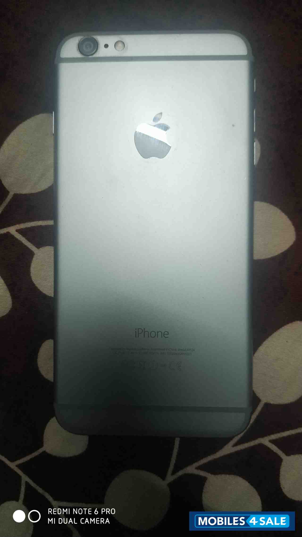 Apple  6 Plus 64 GB