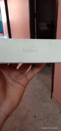 Xiaomi  Redmi 4 3GB RAM 32GB INTERNAL