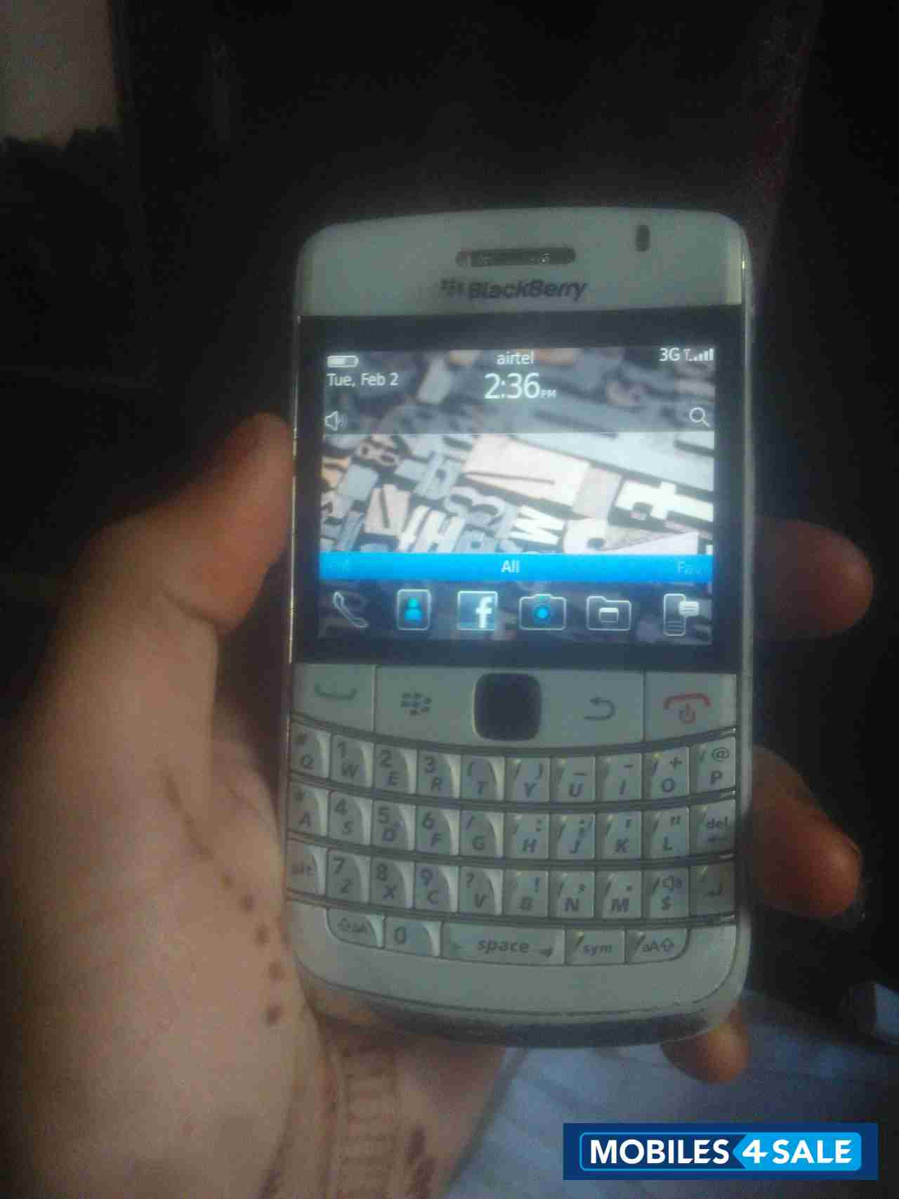 Used 2013 BlackBerry Bold 9780 for sale in Indore  White