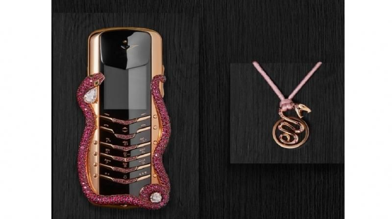 Vertu Signature Cobra Limited Edition Worlds Most Expensive Phone 2.jpeg